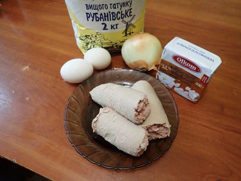 приготовления открытого песочного пирога с печеночным паштетом